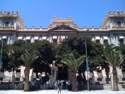 Fachada diputación de Alicante